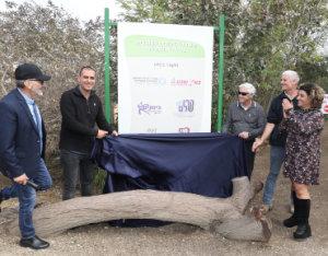 פינת הליטוף החדשה בנגב zoo